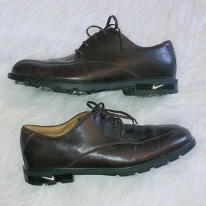 Nike Tiger Woods leather golf shoes
